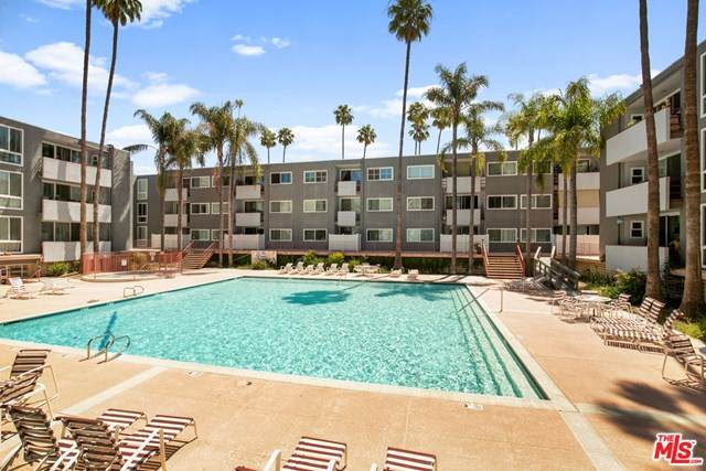 4915 Tyrone Avenue #124, Sherman Oaks, CA 91423 (#20582198) :: Z Team OC Real Estate