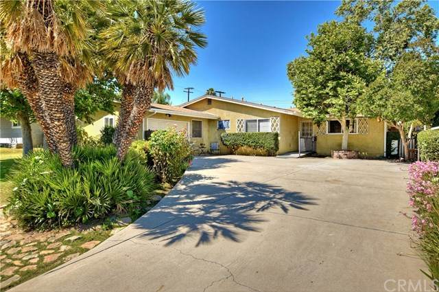 32 Roma Street, Redlands, CA 92373 (#EV20093068) :: The DeBonis Team