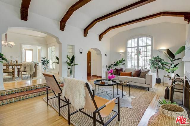 221 S Wetherly Drive, Beverly Hills, CA 90211 (#20577628) :: A|G Amaya Group Real Estate