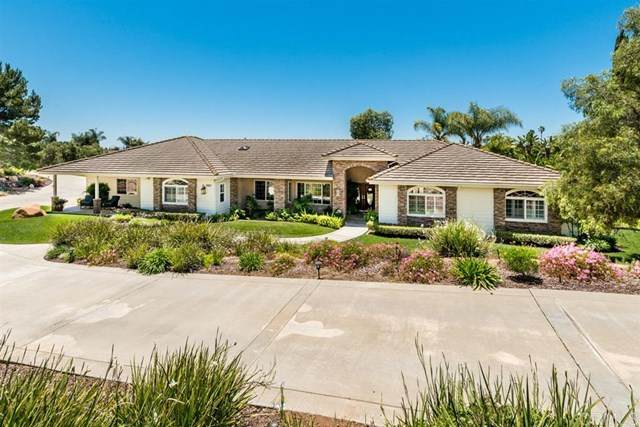 2821 Toulouse Ln., Fallbrook, CA 92028 (#200024390) :: The Costantino Group | Cal American Homes and Realty
