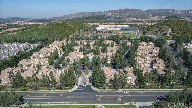 600 Timberwood, Irvine, CA 92620 (#OC20095531) :: Team Tami