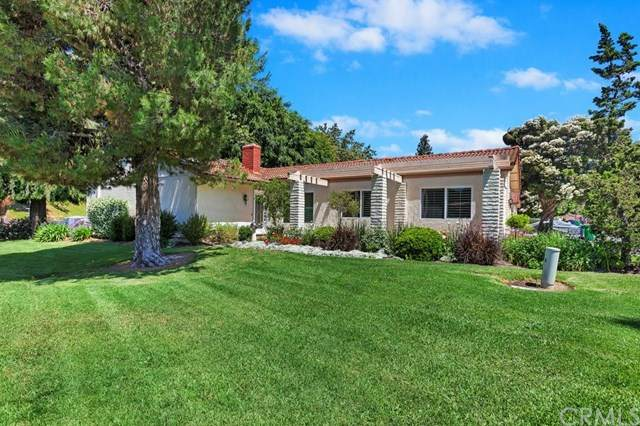 3319 Via Carrizo A, Laguna Woods, CA 92637 (#OC20102121) :: A|G Amaya Group Real Estate