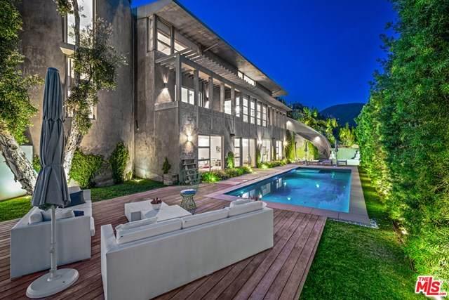 1076 Carrara Place, Los Angeles (City), CA 90049 (#20566962) :: RE/MAX Masters