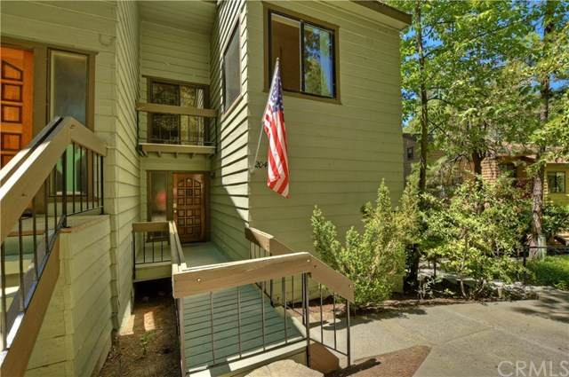 27721 Peninsula Drive #204, Lake Arrowhead, CA 92352 (#EV20102913) :: Mark Nazzal Real Estate Group