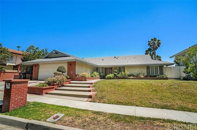 18906 Kinbrace Street, Porter Ranch, CA 91326 (#SR20102560) :: RE/MAX Masters