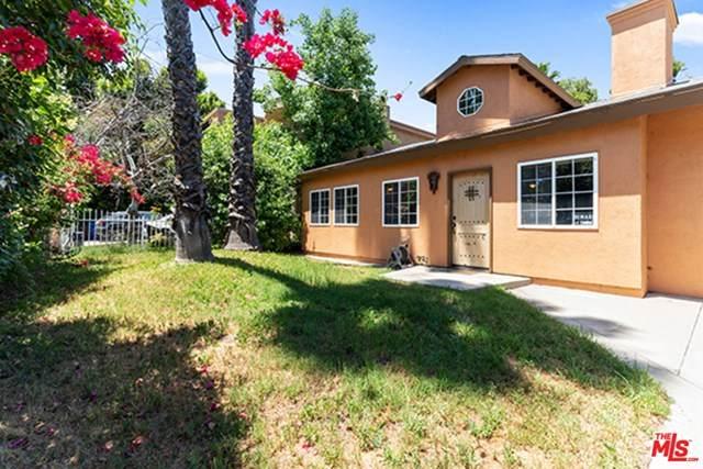 15227 Hartsook Street, Sherman Oaks, CA 91403 (#20580220) :: The Veléz Team