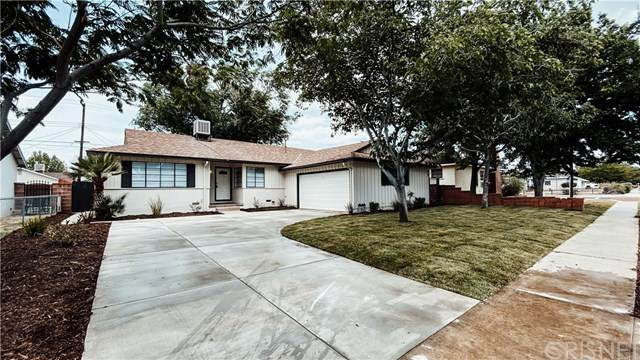 809 W Avenue J10, Lancaster, CA 93534 (#SR20103367) :: A|G Amaya Group Real Estate