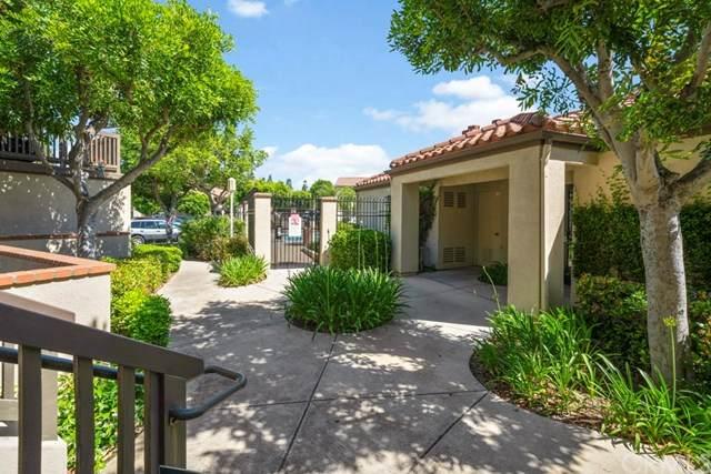 8522 E Baker Hill Road B, Orange, CA 92869 (#OC20102564) :: Berkshire Hathaway HomeServices California Properties
