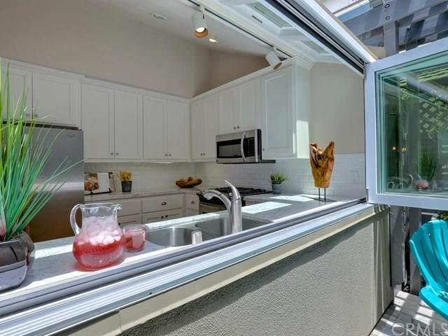 2910 3rd Avenue, Corona Del Mar, CA 92625 (#OC20102878) :: Crudo & Associates