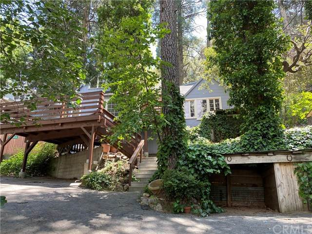 712 Woodland Road, Crestline, CA 92325 (#SW20103499) :: The Costantino Group | Cal American Homes and Realty