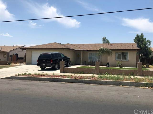 424 S Linden Avenue, Rialto, CA 92376 (#IV20103517) :: The Costantino Group | Cal American Homes and Realty