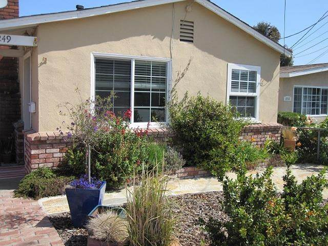 1249 Palm Avenue, Outside Area (Inside Ca), CA 93955 (#ML81794608) :: Berkshire Hathaway HomeServices California Properties