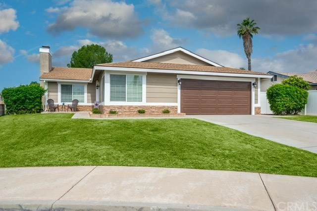 7574 Aspen Court, Highland, CA 92346 (#EV20103737) :: Mark Nazzal Real Estate Group