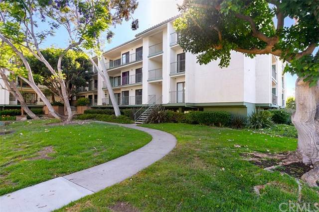 7202 Apricot Drive #7202, Irvine, CA 92618 (#OC20102855) :: Go Gabby
