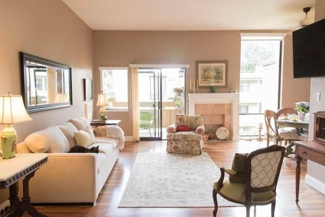 1061 Beach Park Boulevard #303, Foster City, CA 94404 (#ML81794626) :: Berkshire Hathaway HomeServices California Properties