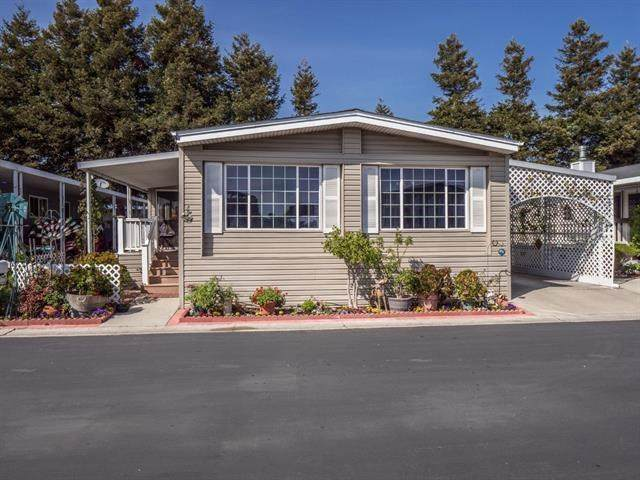 4425 Clares Street #82, Capitola, CA 95010 (#ML81792468) :: Legacy 15 Real Estate Brokers