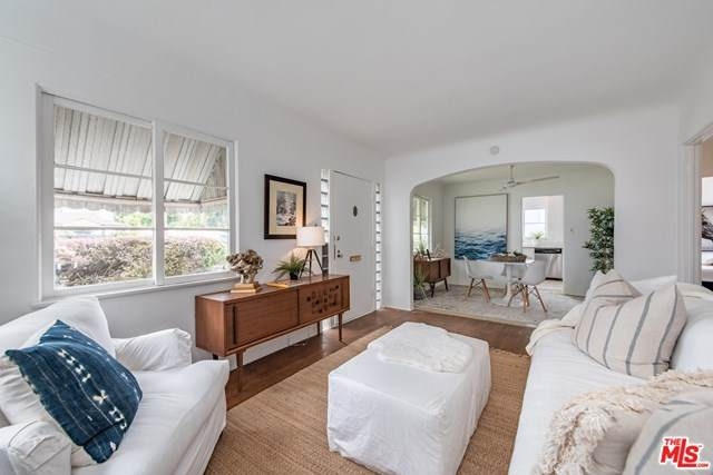 2844 S Barrington Avenue, Los Angeles (City), CA 90064 (#20584590) :: The Miller Group