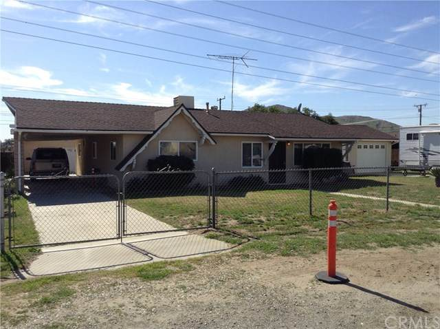 18839 13th Street, Bloomington, CA 92316 (#TR20102974) :: Go Gabby
