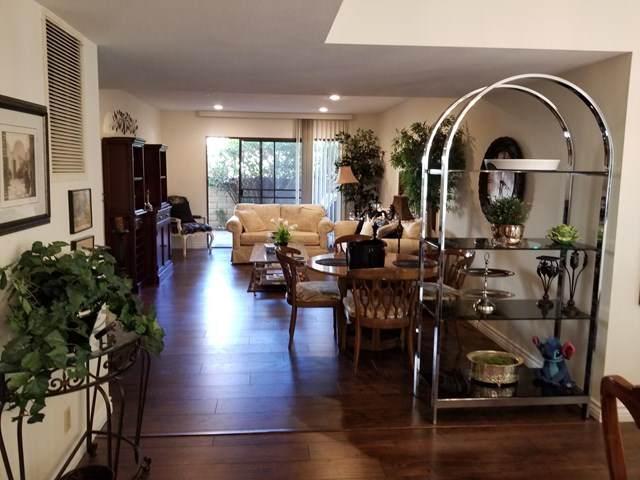 1421 Sunrise Way #26, Palm Springs, CA 92262 (#219043762DA) :: Provident Real Estate
