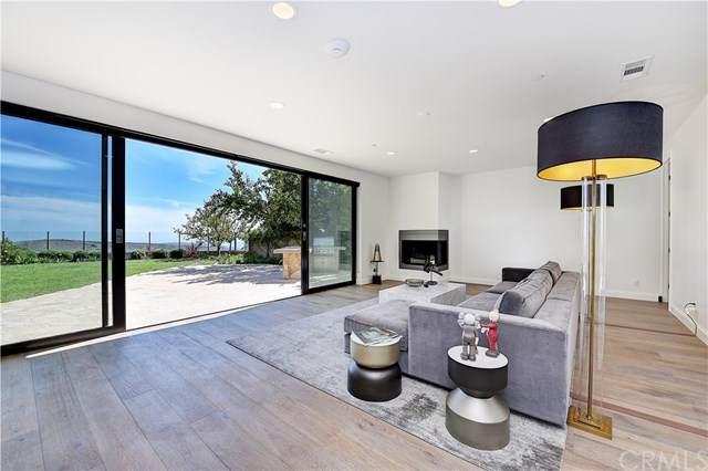 16 Highpoint, Newport Coast, CA 92657 (#OC20103474) :: Upstart Residential