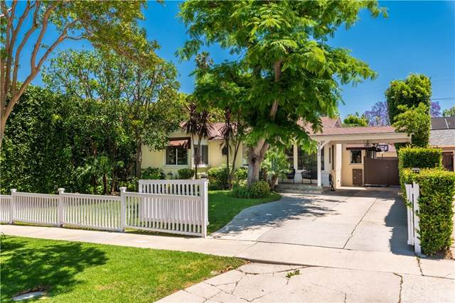 4202 Benedict Canyon Drive, Sherman Oaks, CA 91423 (#SR20104248) :: The Veléz Team