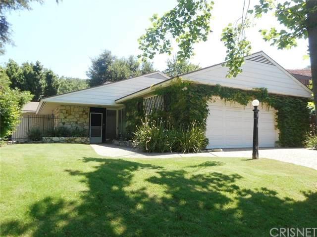 3846 Royal Woods Drive, Sherman Oaks, CA 91403 (#SR20104374) :: The Veléz Team