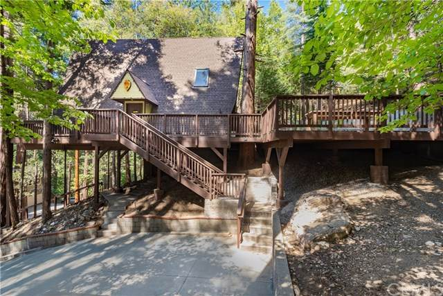 27861 Rainbow Drive, Lake Arrowhead, CA 92352 (#EV20103485) :: The Costantino Group | Cal American Homes and Realty