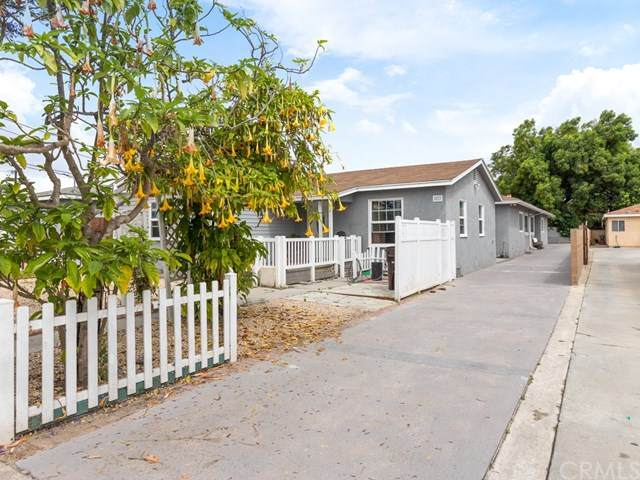 4217 W 142nd Street, Hawthorne, CA 90250 (#PV20104320) :: Compass