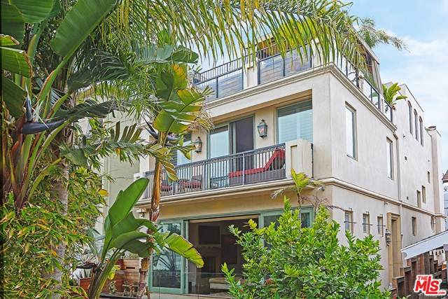 17 Galleon Street, Marina Del Rey, CA 90292 (#20585014) :: Powerhouse Real Estate