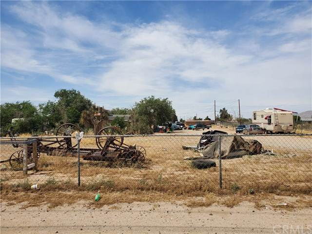 13612 Palmdale Road, Victorville, CA 92392 (#CV20104293) :: Provident Real Estate