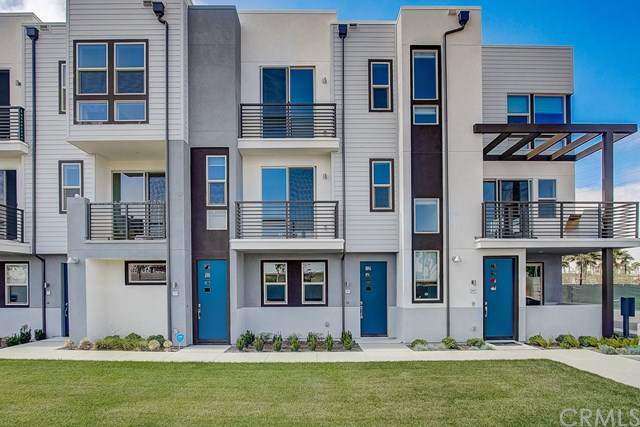 325 Placemark #92, Irvine, CA 92614 (#OC20104270) :: Upstart Residential