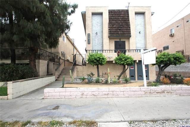 11837 Gilmore Street #6, North Hollywood, CA 91606 (#320001807) :: A|G Amaya Group Real Estate