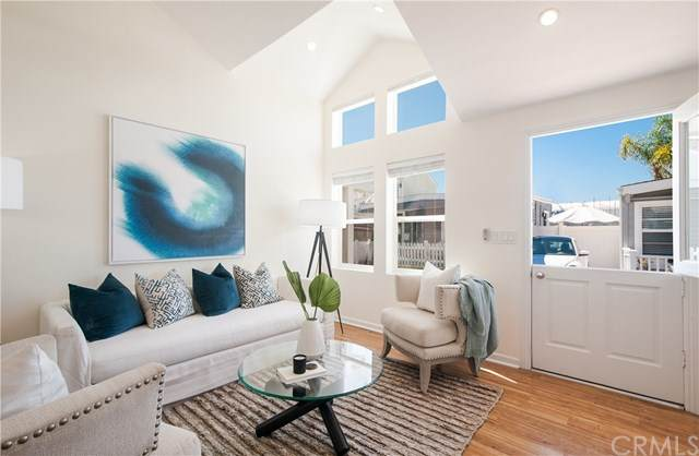 3 Bolivar Street, Newport Beach, CA 92663 (#NP20104295) :: Legacy 15 Real Estate Brokers