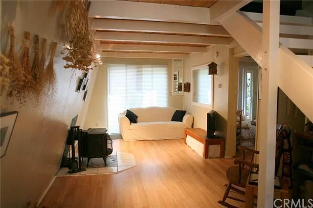 463 Santa Barbara Avenue, Sugarloaf, CA 92386 (#TR20106606) :: Z Team OC Real Estate