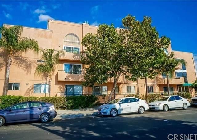 5604 Rhodes Avenue #303, Valley Village, CA 91607 (#SR20106094) :: Blake Cory Home Selling Team