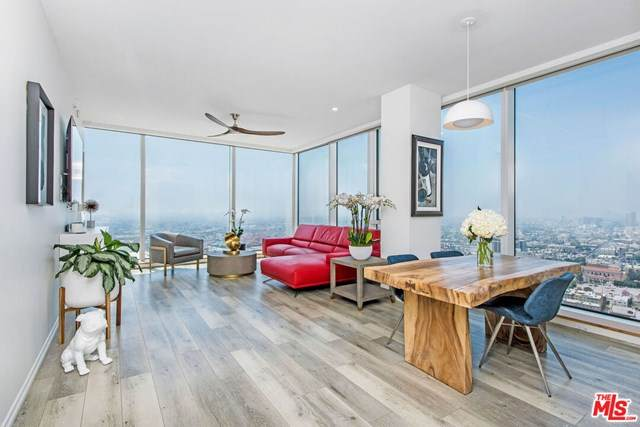 889 Francisco Street #3806, Los Angeles (City), CA 90017 (#20583636) :: Berkshire Hathaway HomeServices California Properties