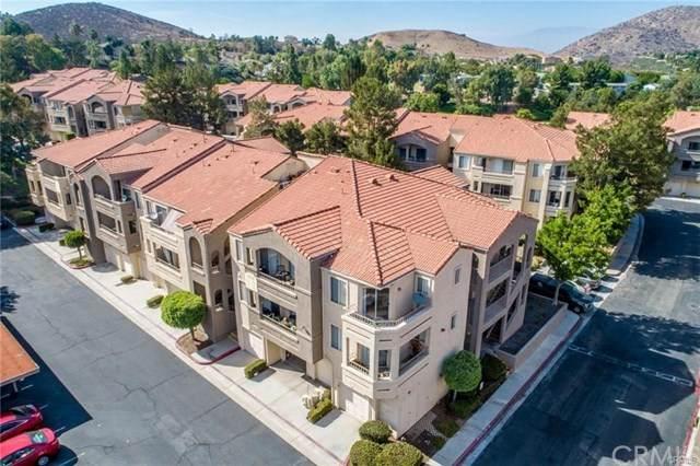 1025 La Terraza Circle #204, Corona, CA 92879 (#IG20106857) :: eXp Realty of California Inc.