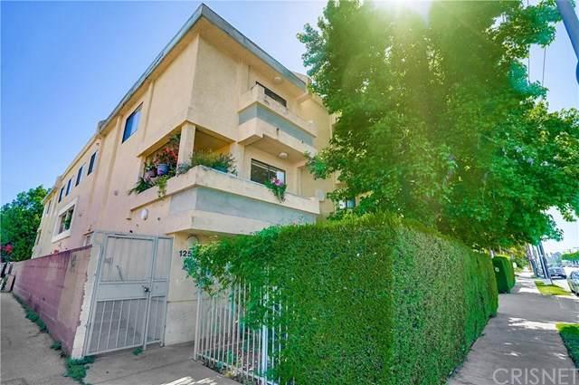 12536 Burbank Boulevard #1, Valley Village, CA 91607 (#SR20106140) :: Blake Cory Home Selling Team