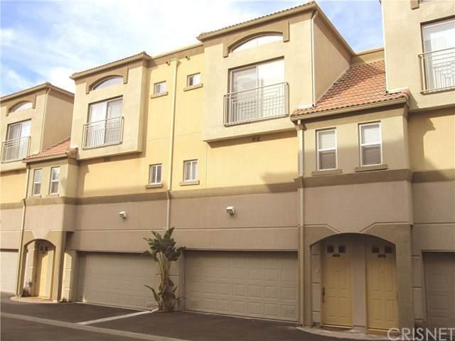 5220 Premiere Hills Circle #221, Woodland Hills, CA 91364 (#SR20106013) :: Compass