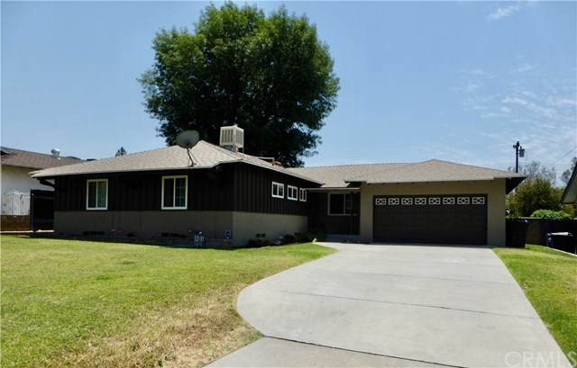 25853 26th Street, San Bernardino, CA 92404 (#EV20107361) :: Go Gabby