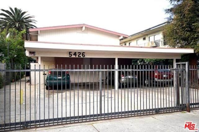 5426 Barton Avenue, Los Angeles (City), CA 90038 (#20586770) :: Doherty Real Estate Group