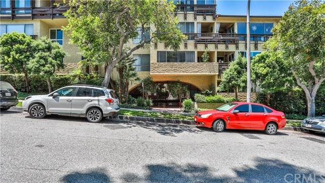 5600 Kensington Way #109, Culver City, CA 90230 (#AR20107818) :: Berkshire Hathaway HomeServices California Properties