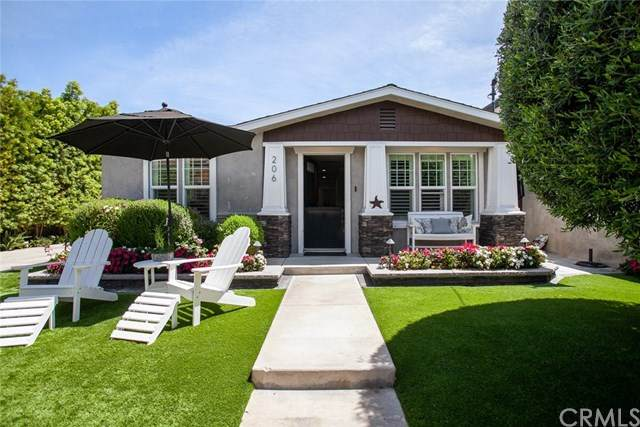 206 22nd Street, Costa Mesa, CA 92627 (#PW20107585) :: Better Living SoCal