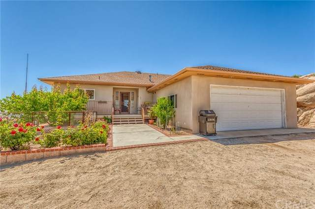 56567 Tish Trail, Yucca Valley, CA 92284 (#JT20107360) :: Sperry Residential Group