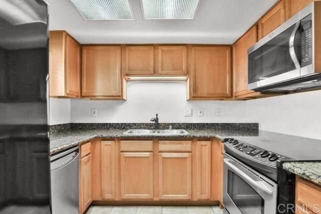 300 Roanoke Rd #4, El Cajon, CA 92020 (#200025999) :: Crudo & Associates