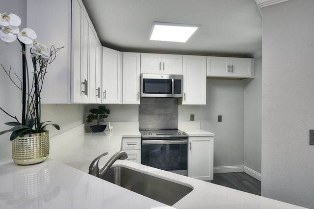 7405 Charmant Dr #2314, San Diego, CA 92122 (#200026045) :: RE/MAX Masters