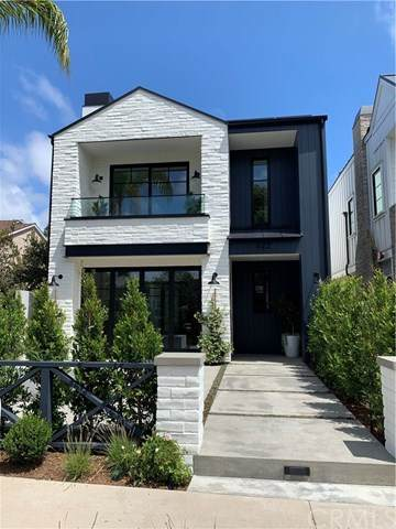 422 Orchid Avenue 1/2, Corona Del Mar, CA 92625 (#NP20109186) :: The Costantino Group | Cal American Homes and Realty