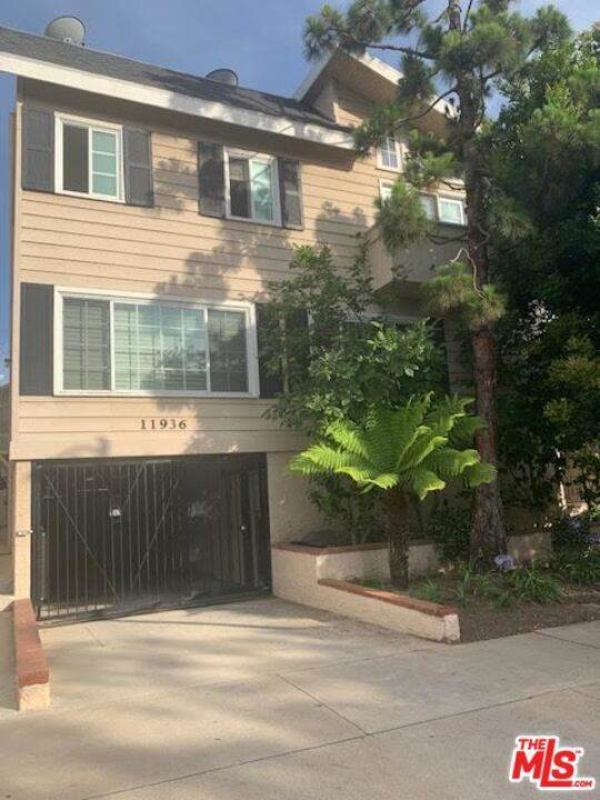 11936 Gorham Avenue - Photo 1