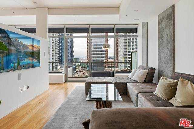 1155 S Grand Avenue #1308, Los Angeles (City), CA 90015 (#20587468) :: Wendy Rich-Soto and Associates