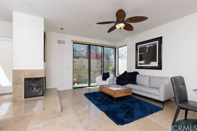 675 E Arenas Road, Palm Springs, CA 92262 (#PW20109392) :: Crudo & Associates